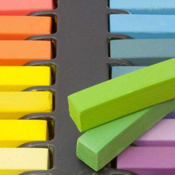 Blockförmige Pastellkreide in verschiedenen Farben
